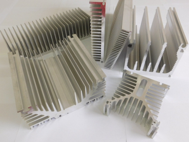 Heat Sinks Extruded